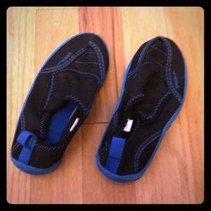 Water shoes speedo